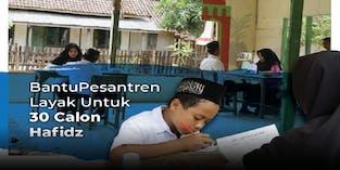 Santri Dhuafa Terpaksa Belajar di Saung Sempit