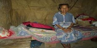Bantu Lansia Sebatangkara di Gunung Kidul